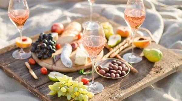 Le vin rosé est de plus en plus apprécié à l'apéritif